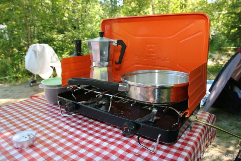 Cafetera und Campingkocher