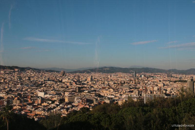 Blick auf Barcelona auf der Gondel