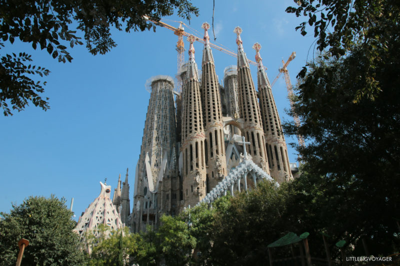 Sagrada Familia - Blick vom Park mit Spielplatz